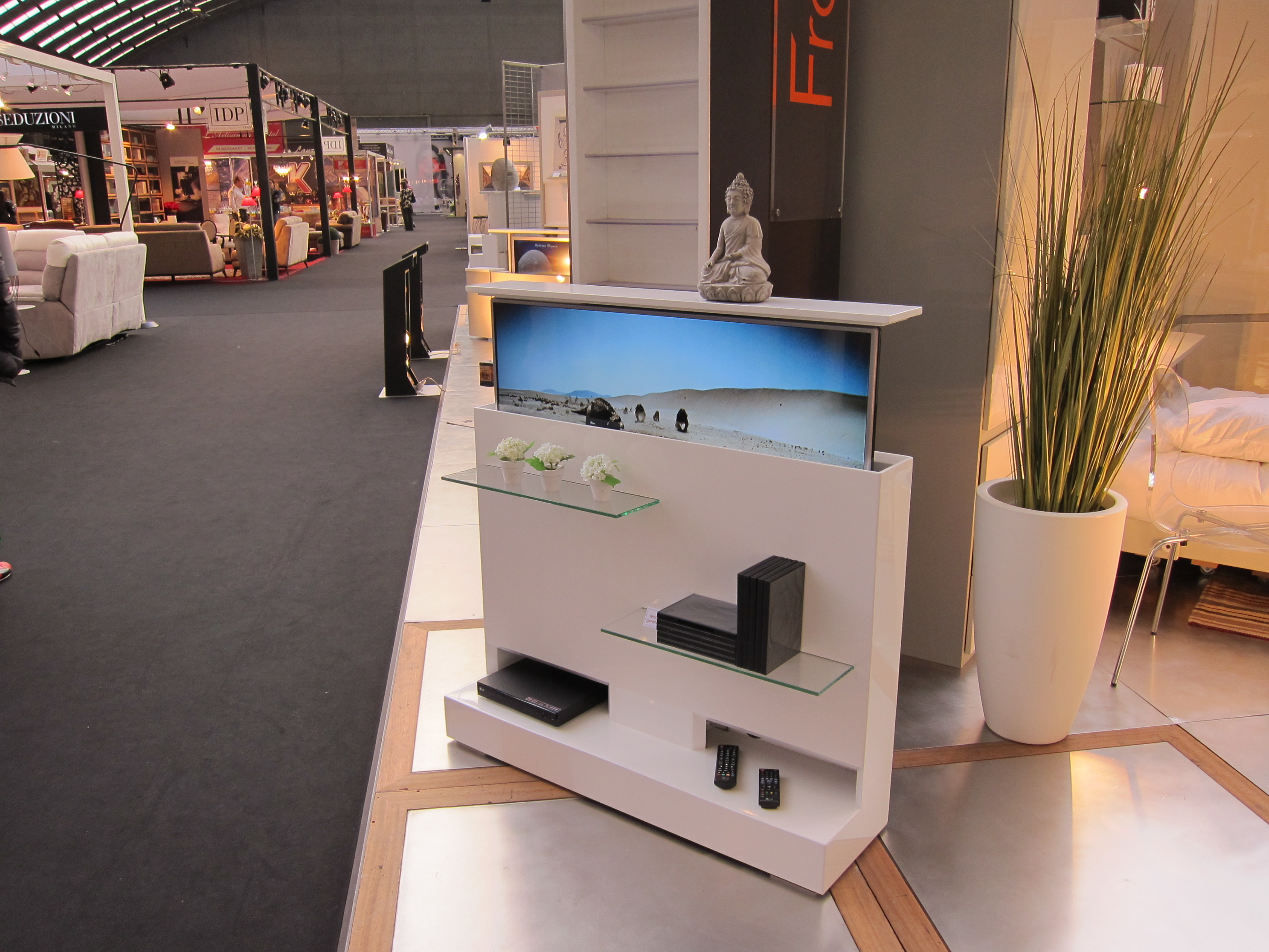Le Mobilier Gain De Place Fran Ois Desile # Meuble Tv Ecran Plat Retractable